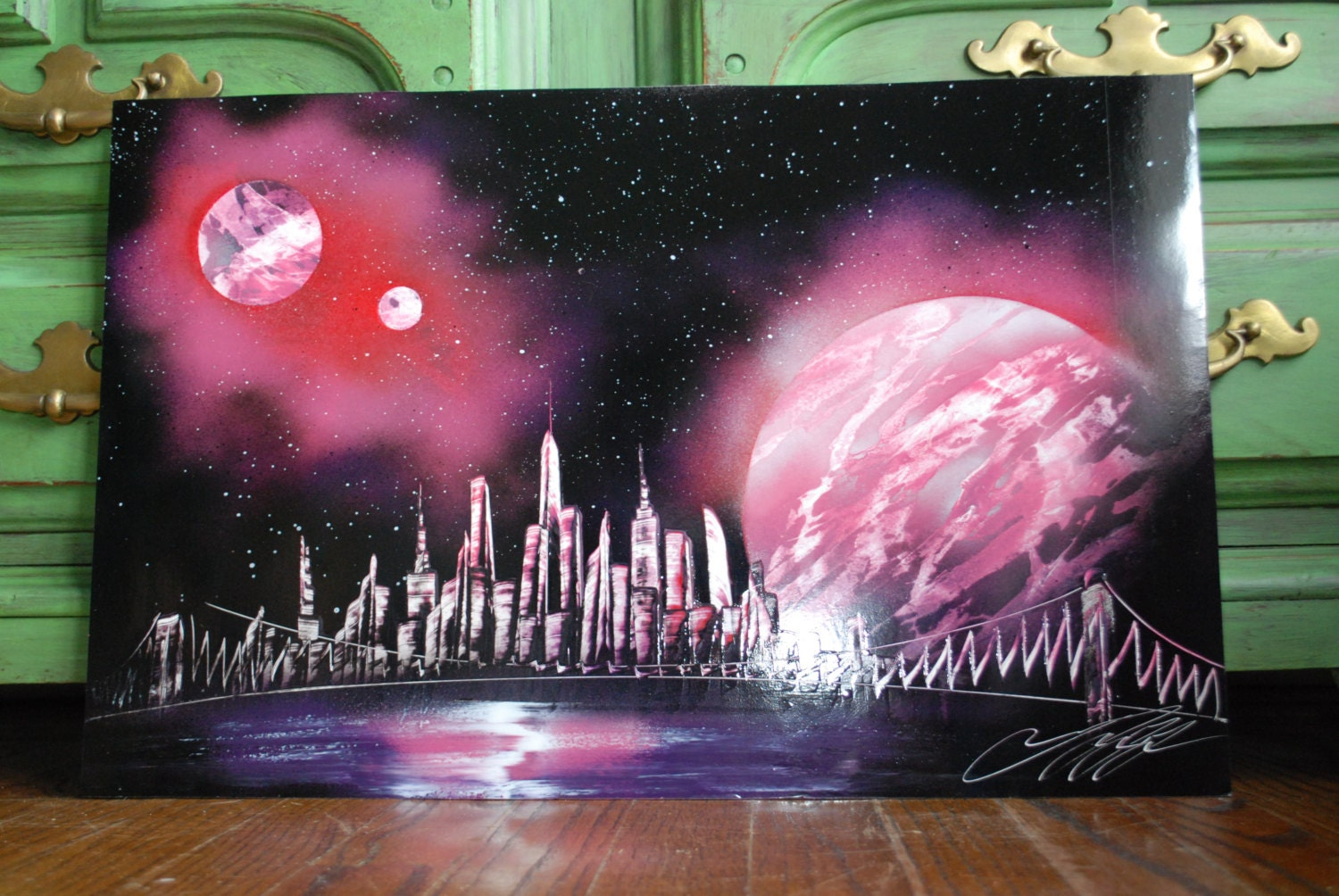 spray paint art newyork skyline in pink by newyorkchudoshop. Black Bedroom Furniture Sets. Home Design Ideas