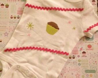 Baby Cupcake Onesie 3-6 Month