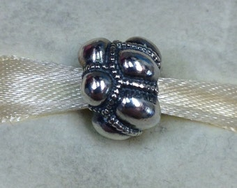 Authentic Pandora SIlver Journey Charm #790401