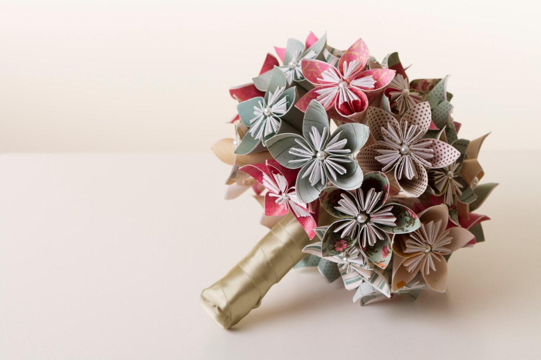 Origami flower bouquet origami bouquet paper flower bouquet for Picture of flower bouquet