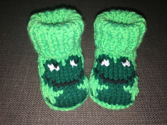 Crochet knit baby slippers frog
