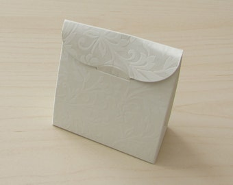 """Pack of 10 Luxury """" Sacchetto Diamante"""" Ivory Embossed Wedding Party Favour Boxes, Gift Boxes"""