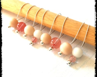 Snag Free Stitch Markers Large Set of 8-- Cherry Quarts and White and Peach Glass - N46 -- For up to size US 17 (12.75mm) Knitting Needle