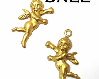 Brass Baby Cherub Charms  (16X) (M771) SALE - 50% off