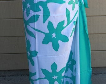 Tifaifai,Tahitian pareo, dance fabric, pareo, costume,teal  and white print, rayon, fringeless, flower