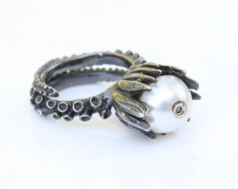 Octopus tentacle jewelry, Silver Ring with pearl and brown diamond by zulasurfing