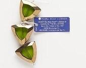 Triangle glass window beads, 23 x 24MM (6)
