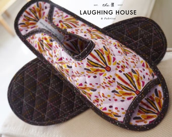 Home/Bedroom/Travel Slippers (Into the Wild in Lilac) - Size L (US Size 5/5.5, EU size 36/37)