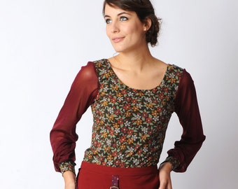 Green floral jersey top, Long sleeved jersey top, Red and pink tshirt, long sheer sleeve tshirt, Red mesh sleeves, Women tshirt, womens top