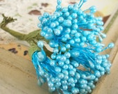 Vintage Millinery / Floral Pips-Peps Flower Centers / Pearlized Blue / Stamens / Bunch of Twelve Stems