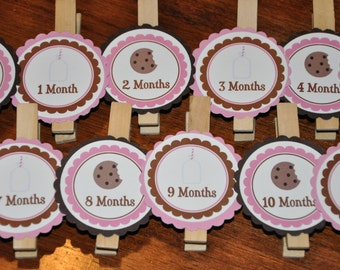 Milk and Cookies. Photo Clips. Milk and Cookie Photo Clips. Choose boy or girl. Set of 13. Photo Banner. Cookie