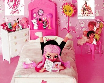 kitsch doll print 4 x 4 CUTE CLUB