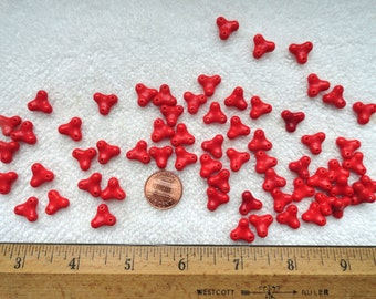 50 Vintage Little GLASS Beads, RED, 11mm Triangle, Made in Japan