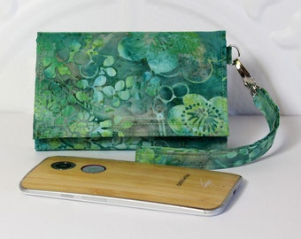 Cell Phone Wallet Wristlet for your Smart Phone With Card Wallet / iPhone 5/6 / Galaxy / Moto X / NEW STYLE TECH  / Aqua Green Floral Batik