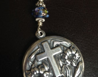 Key Chain Medallion with Lords Prayer Inside, Perfect  Christian Gift