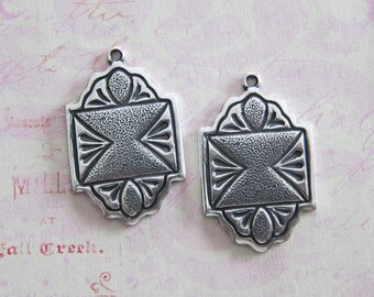 NEW 2 Fancy Silver Charms 3636