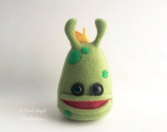Green King Alien Plushie, Plush Stuffed, with Crown, Handmade, READY TO SHIP