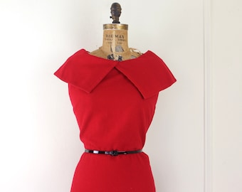 vintage 1950s cherry red bombshell dress - medium to large