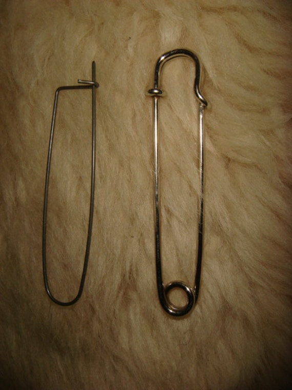 Vintage large safety pins brooches jewelry making by for Safety pins for jewelry making