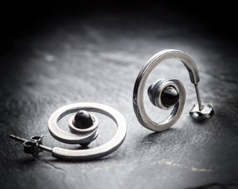 UNDERWORLD spiral earrings