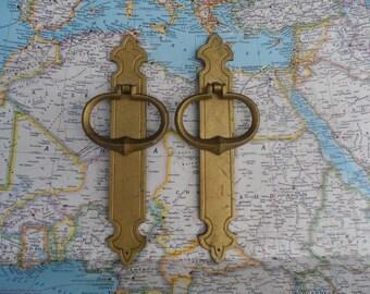 SALE! 2 vintage brass metal open pull handles with slim trimplates
