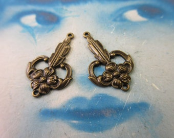 Brass Ox Plated Floral Connectors 462BOX x2