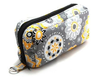 Essential Oil Case Holds 10 Bottles Essential Oil Bag Yellow and White Flowers on Gray