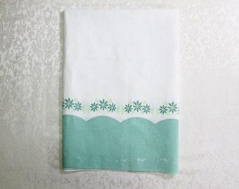 Vintage Feedsack Opened Feed Sack Border Print Pillowcase Pillow Case Cotton Fabric Jadeite Green