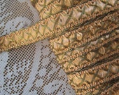 2 Yards Fancy Metallic And Fabric Sewing Trim In Peach