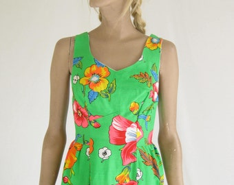 Vintage 60s Mod Cotton Tropical Print Mini Dress.   X Small