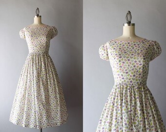 1940s Dress / Vintage 40s White Floral Dress / Forties Puff Sleeve Cotton Day Dress