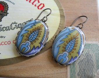 Glass Cabochon Earrings Paisley Feather Oval in Brass Settings Vintage 1950's Made in Germany Statement Earrings