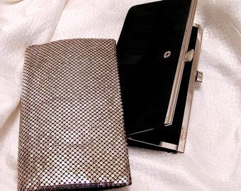 Vintage Whiting and Davis Silver Colored Clutch with Snap Out Coin Purse Original Mirror in Pocket. Black Lining and Coin Purse