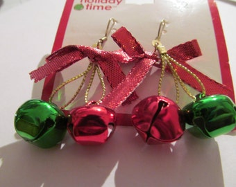 red green christmas bell wire