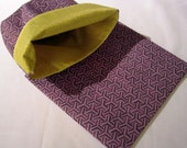 Lined Sandwich Bag--Purple Hexagons (no border)