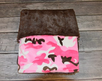 Pink and brown Camo minky with Brown chincilla minky on back