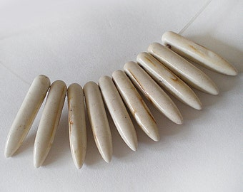 26x5mm White Turquoise Spikes Sticks Stone beads 10pcs