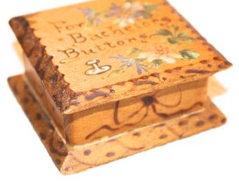Antique  Bachelor's Buttons Flower Souvenir Wood Box