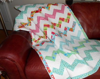 Handmade Quilt, Flannel Back Quilt, Bright & Cheery, White, Lap, Wallhanging, Chevron Quilt, Ripple Quilt, Homemade Quilt, Lap Robe, Throw