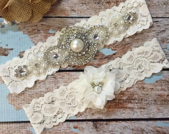 Ivory Wedding garter / Lace garter SET / bridal  garter / vintage lace garter / toss garter / wedding garter/