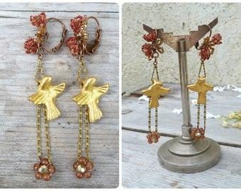 Golden doves Handmade in France dangles earrings /on leverbacks / original golden dove & beadwork