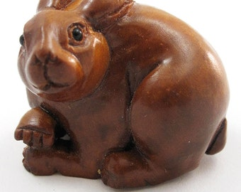 Bunny Hand-Carved Boxwood Netsuke Bead
