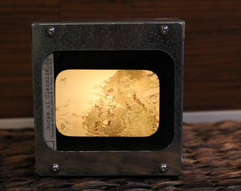 DUCKS IN POND - Vintage magic lantern glass slide light box