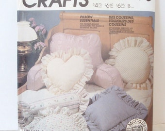McCall's 2630 - Pillow Pattern - Sewing Pattern - Sewing Pillows - Pillow Essentials