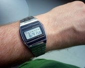 Vintage Timex LCD - Stainless - Day/Date/Time - Working - 1980s