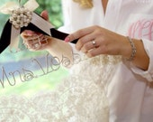 Bride hanger Personalized with Date Wedding Dress Photo opportunity