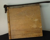 Paper Cutter/Ingento #4/Guillotine Paper Cutter/Trimmer/1950 Paper Trimmer/