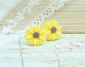 Yellow Daisy Earrings Yellow Flower Studs Daisy Jewelry Yellow Daisy Studs Hypoallergenic Yellow Studs