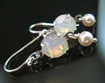 New Swarovski Pearl/White Opal Chaton Crystal Earrings