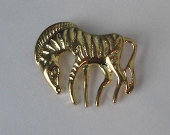 Vintage gold tone metal Zebra Brooch Pin.
